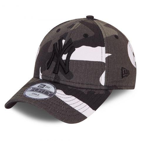 New-Era-All-Over-Print-Camo-9Forty-NY-Yankees-Cap-Junior-2106231031
