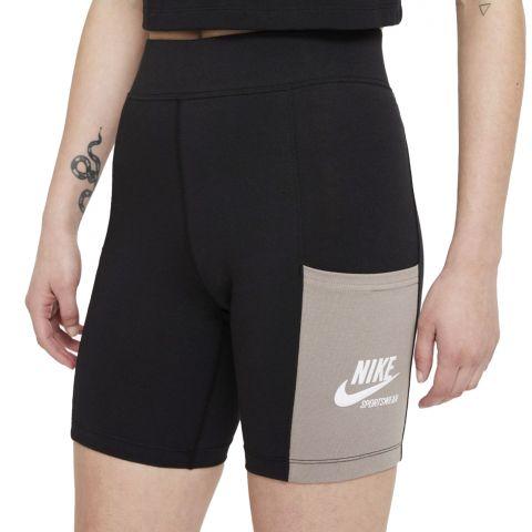 Nike-Sportswear-Heritage-Bike-Short-Dames-2107131555