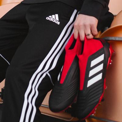 Comment choisir ses chaussures de football?
